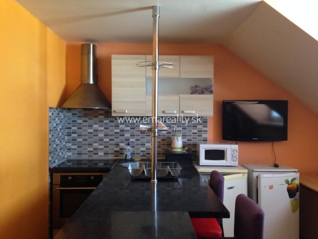 2 izb. mezonetový Ratnovce, 470,- Eur s energiami