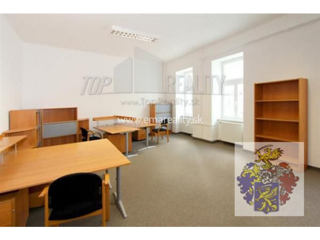 Kancelárie v užšom centre Piešťan