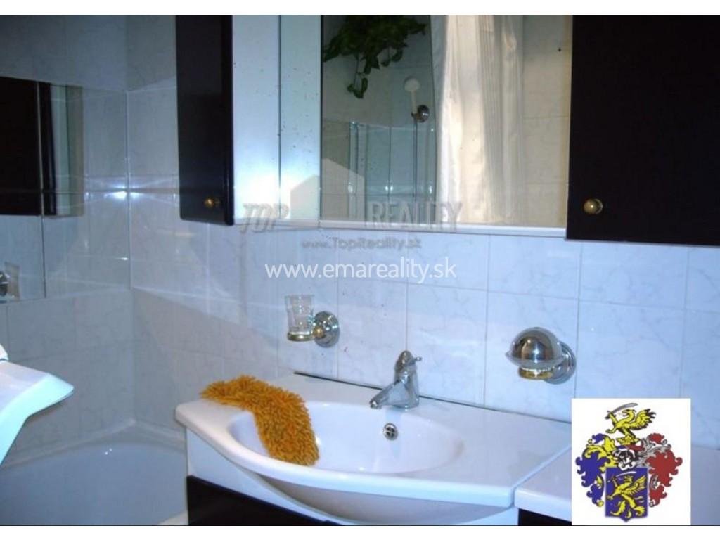3 izbový byt ihneď k dispozícii, 480,- € s energ.