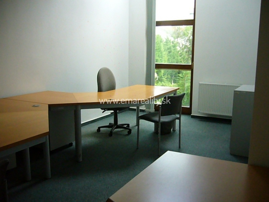 Kancelársky priestor v novostavbe na prenájom